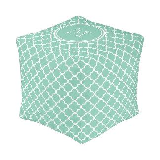 真新しい緑のクローバーパターン、あなたのモノグラム プーフ