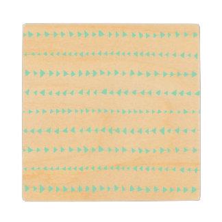 真新しい緑の白くアステカな矢パターン ウッドコースター