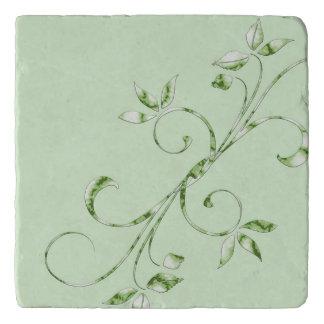 真新しい緑の緑の葉 トリベット