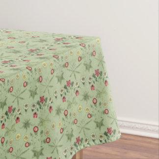 真新しい緑テーブルウェアのデイジー テーブルクロス