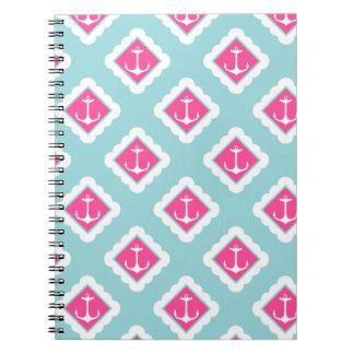 真新しい青い、ピンク、白航海のなパターンを固定します ノートブック