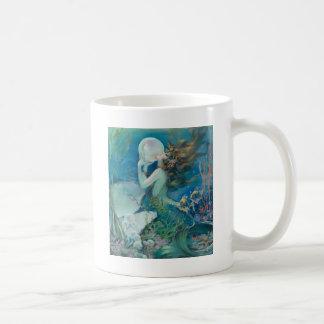 真珠を握っているヴィンテージの人魚 コーヒーマグカップ