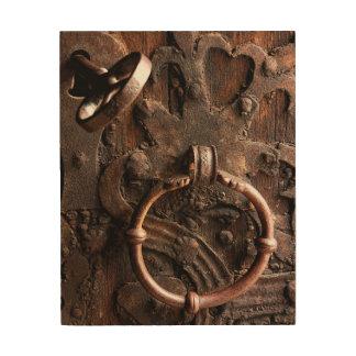 真鍮ロックおよび鍵が付いている旧式な木のドア ウッドウォールアート