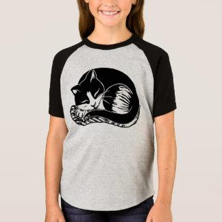 眠いタキシード猫の女の子の短い袖のRaglanのティー Tシャツ