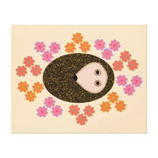 眠いハリネズミおよび花のキャンバスのプリント キャンバスプリント