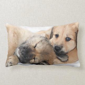 眠い子犬 ランバークッション