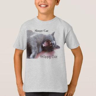眠い猫、幸せな猫 Tシャツ