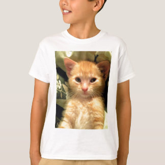 眠い男の子VI Tシャツ