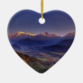 眺めの景色: ヒマラヤ山脈POKHARAネパール セラミックオーナメント