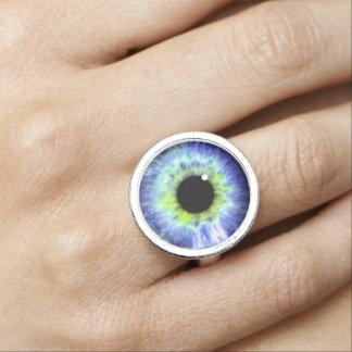 眼球のリングや輪、目の球が付いているリングや輪 指輪