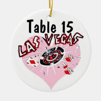着席のテーブルを割り当てられるラスベガスのピンクのハート セラミックオーナメント