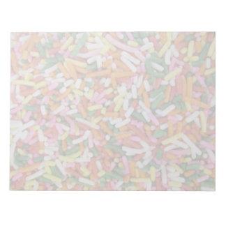 着色されたキャンデーのsprinkesの質のテンプレート ノートパッド
