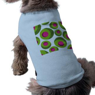 着色された点が付いているレトロのヒッピーパターン ペット服