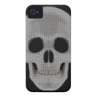 着色されるスカルの明暗中間部 Case-Mate iPhone 4 ケース