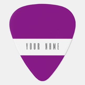 着色される家長の紫色のクラシック ギターピック