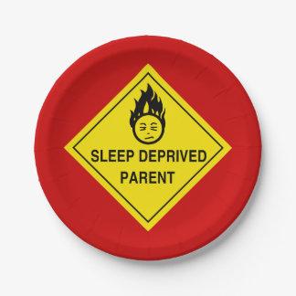 睡眠によって奪い取られる親 ペーパープレート