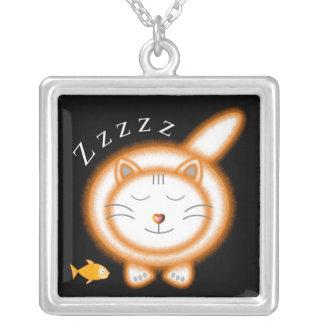 睡眠のオレンジ脂肪質猫 シルバープレートネックレス