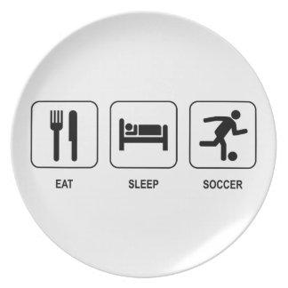 睡眠のサッカーを食べて下さい プレート