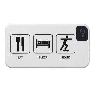 睡眠のスケートを食べて下さい Case-Mate iPhone 4 ケース