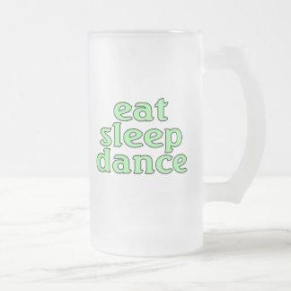 睡眠のダンスを食べて下さい フロストグラスビールジョッキ