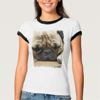 睡眠のパグの女性Tシャツ Tシャツ