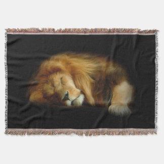 睡眠のライオンによって編まれるブランケット スローブランケット