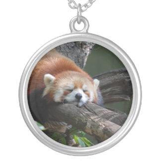 睡眠のレッサーパンダの純銀製のネックレス シルバープレートネックレス