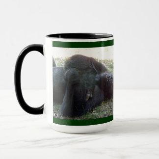 睡眠の低地のゴリラのカンザスシティの動物園 マグカップ