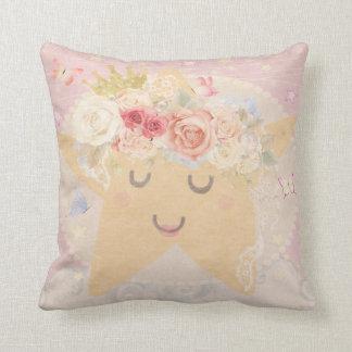 睡眠の月の星のBohoの蝶子供部屋の枕 クッション
