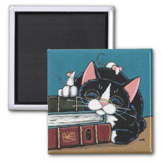 睡眠の本の虫のタキシードの猫およびネズミの絵を描くこと マグネット