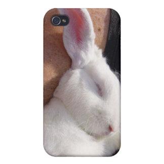 睡眠の白いバニーウサギ iPhone 4/4S カバー