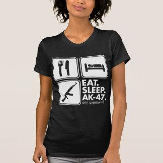 睡眠カラシニコフ自動小銃-白--を食べて下さい Tシャツ