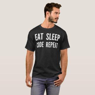 """""""睡眠コード繰り返し""""のタイポグラフィのTシャツ食べて下さい Tシャツ"""