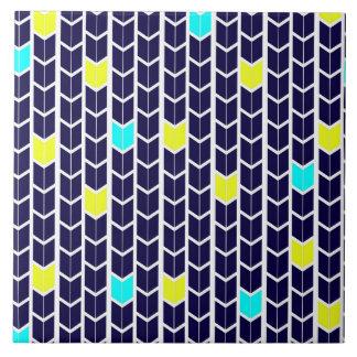 矢パターン濃紺の黄色の白のターコイズ タイル