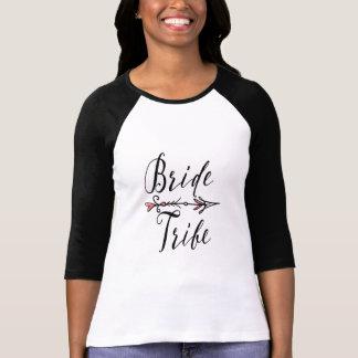 矢|のRaglanを持つ花嫁の種族 Tシャツ