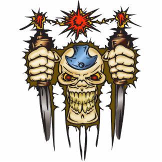 短剣が付いているサイボーグのスカル 写真彫刻(台付き)