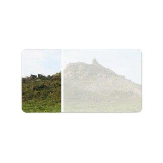 石が付いている丘 ラベル
