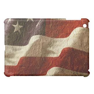 石で切り分けられる愛国心が強いアメリカの旗を振る iPad MINIカバー