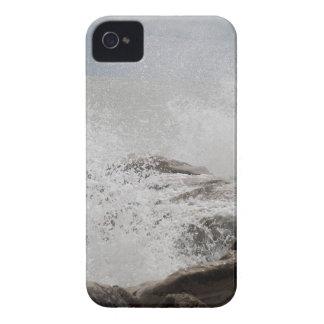 石で壊れる波 Case-Mate iPhone 4 ケース