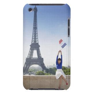 石に坐るフランスのな旗を握っている女性 Case-Mate iPod TOUCH ケース