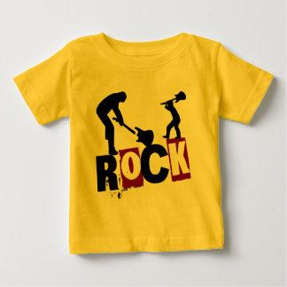 石のオン子供の衣服の石 ベビーTシャツ