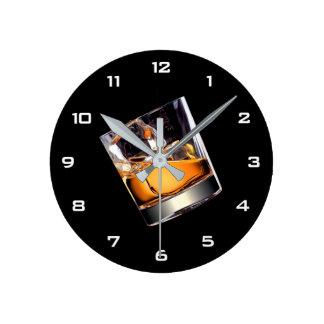 石の柱時計のウィスキー ラウンド壁時計