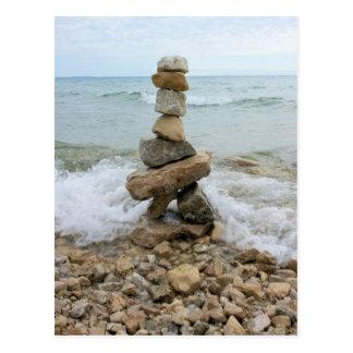 石の柱記念碑- Mackinacの島、ミシガン州 ポストカード