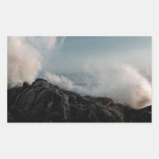 石の自然の海岸の衝突 長方形シール