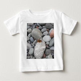 石の蝶 ベビーTシャツ