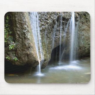 石上の滝 マウスパッド