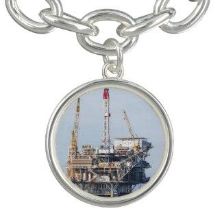 石油掘削装置 チャームブレスレット