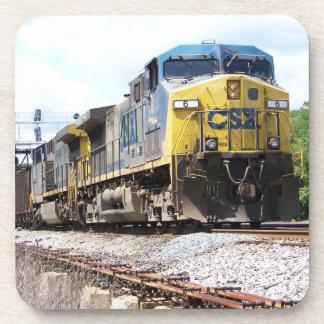 石炭の列車とのCSXの鉄道AC4400CW #6 コースター