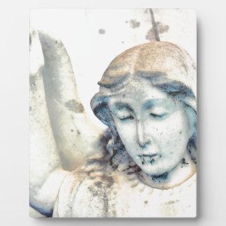 石造りの天使のポートレート フォトプラーク