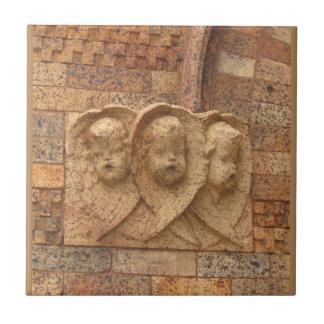 石造りの市民3人の花こう岩の乳児 タイル